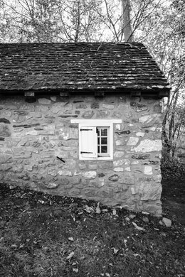 A building on the Knox Estate at Valley Forge.