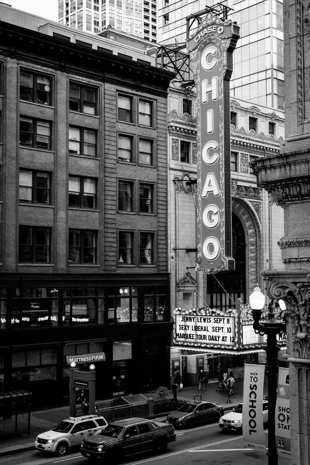 The Chicago Theatre, seen from the State/Lake L Station.