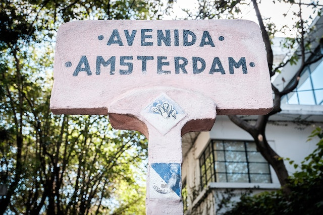 A hand-painted street sign at Avenida Amsterdam in Mexico City.