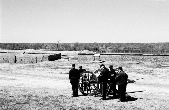 Artillery demonstration at Fort Washington.