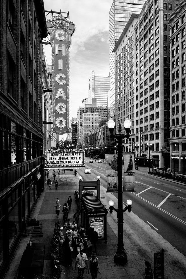 The sign of the Chicago Theatre, seen from the State/Lake L station.