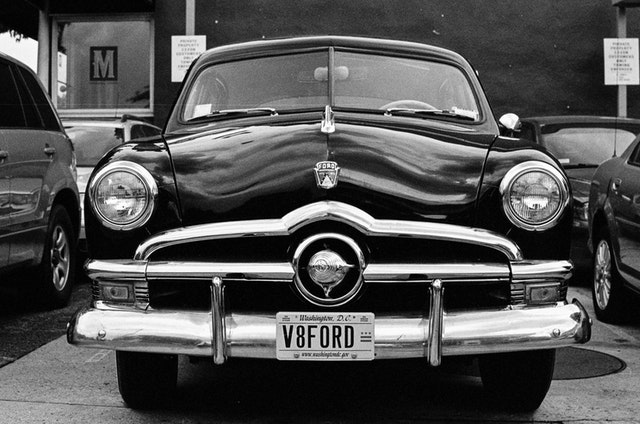 Front view of an old Ford in Capitol Hill.