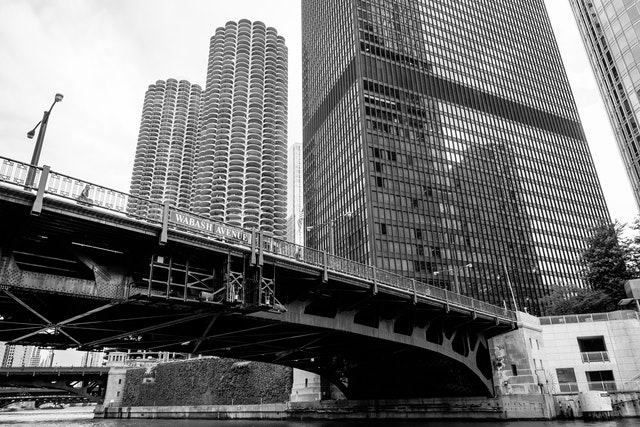 The Wabash Avenue bridge from the Chicago riverwalk.