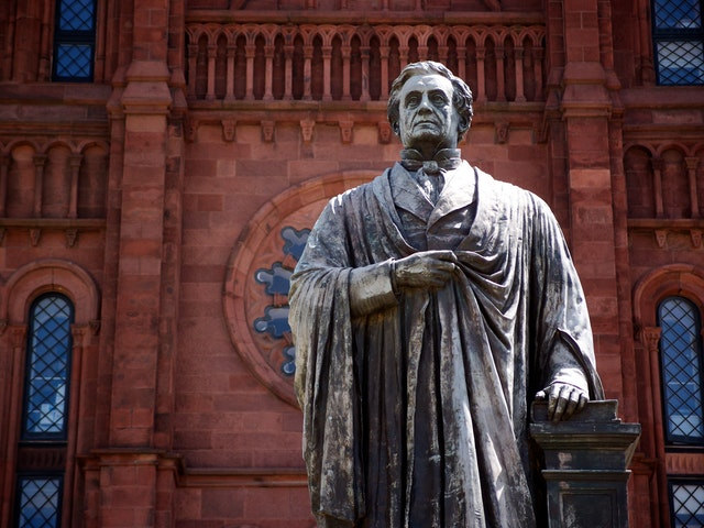 Statue of Joseph Henry in front of the Smithsonian Castle, Washington, DC.