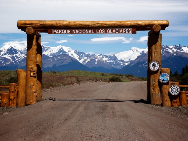 The gate to Parque Nacional Los Glaciares, Argentina.