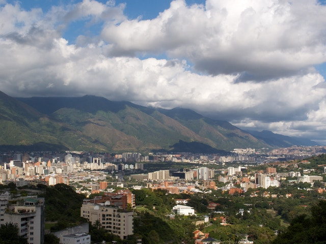 Caracas, looking east from the Mirador de La Alameda.
