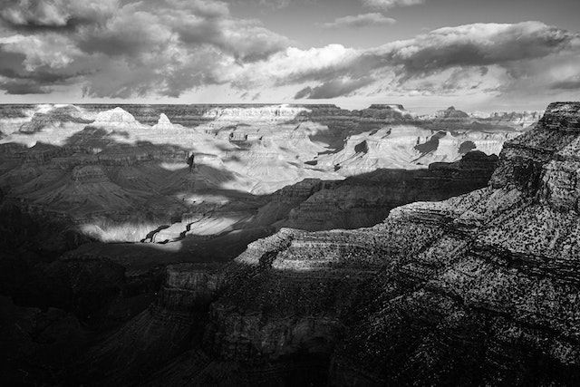The Grand Canyon in the afternoon, looking towards Yavapai Point from Trail View Point.