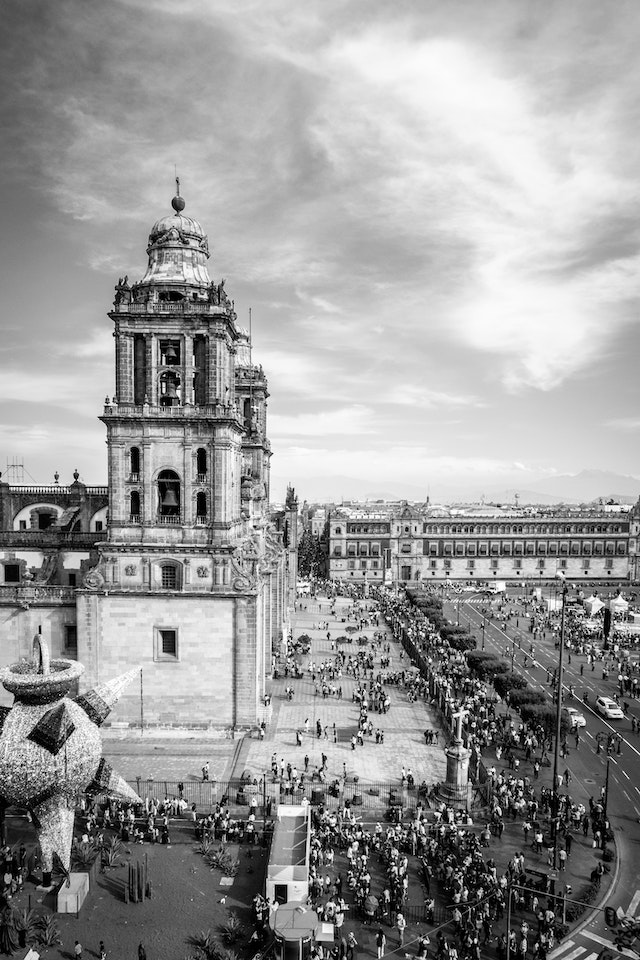 The Catedral Metropolitana of Mexico City and the Zócalo, from a nearby balcony.