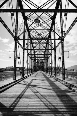 The structure of the Walnut Street Bridge in Chattanooga.