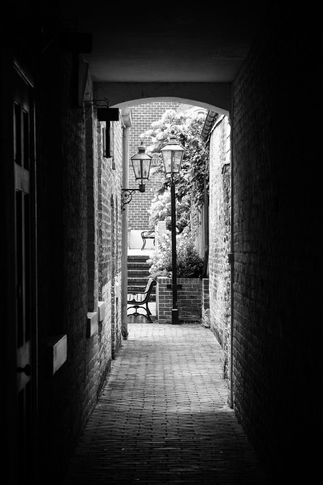 A narrow alley in Fredericksburg, Virginia.