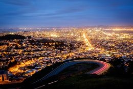 San Francisco from Twin Peaks at dusk.