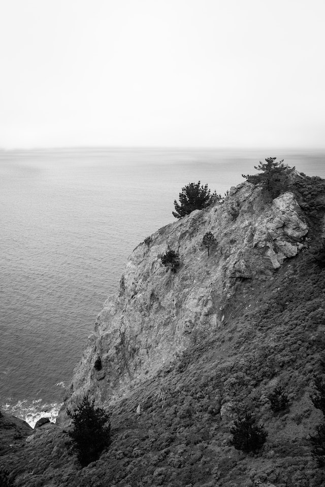 Cliffs near the Muir Beach overlook.